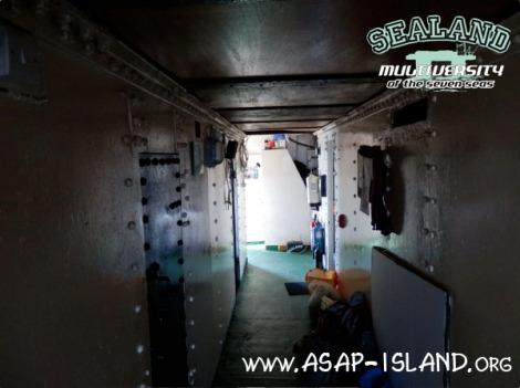 SLM-Trailer - barracks interior